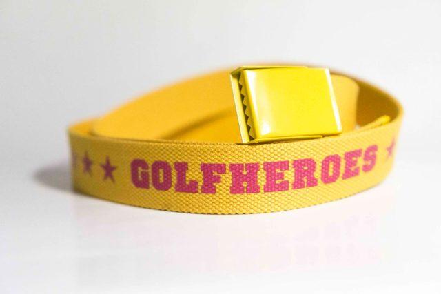 Gürtel gelb/brombeer Golfhose GolfHeroes